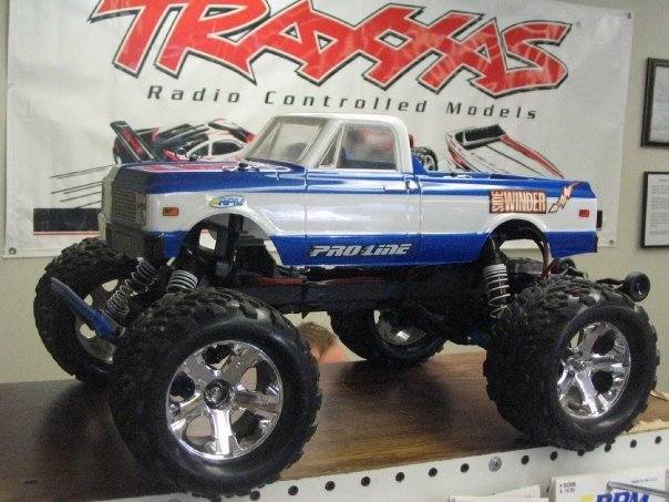 Truck Of The Week 11 27 2011 Traxxas Stampede