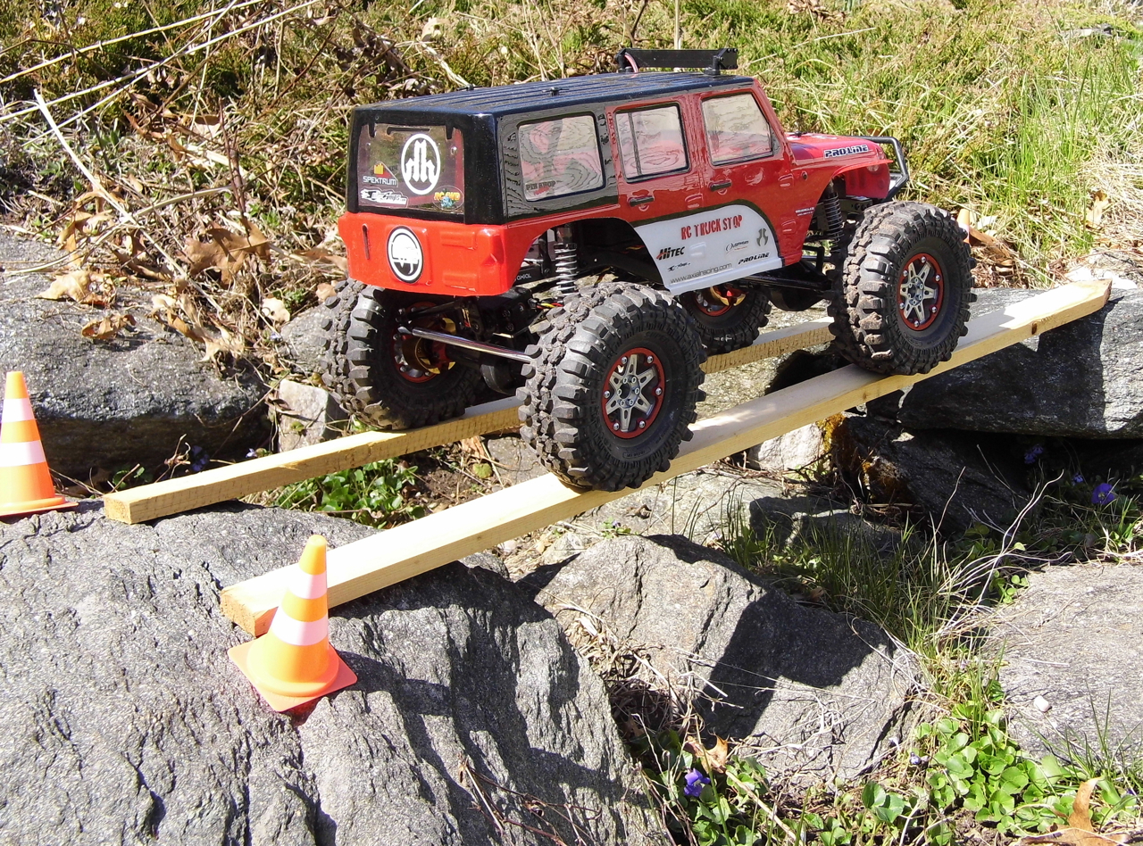build a crawling course rc truck stop