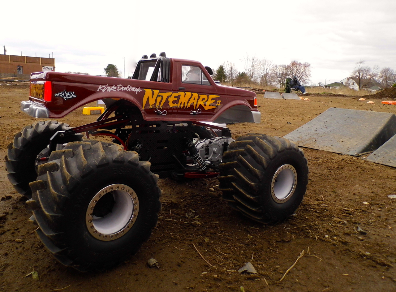 dirt truck racing cake ideas and designs