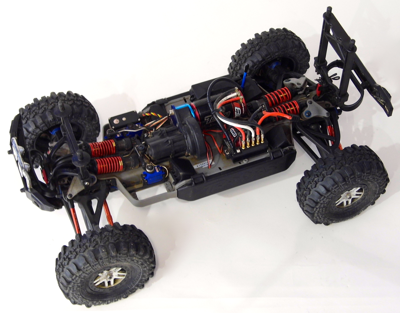 slayer rc truck with Ments on Rc Auto Traxxas Nitro Slayer additionally 141844272307 as well Traxxas 2215 Receiver Wiring Diagram further Traxxas Wallpaper also Traxxas Xmaxx Rc Truck.